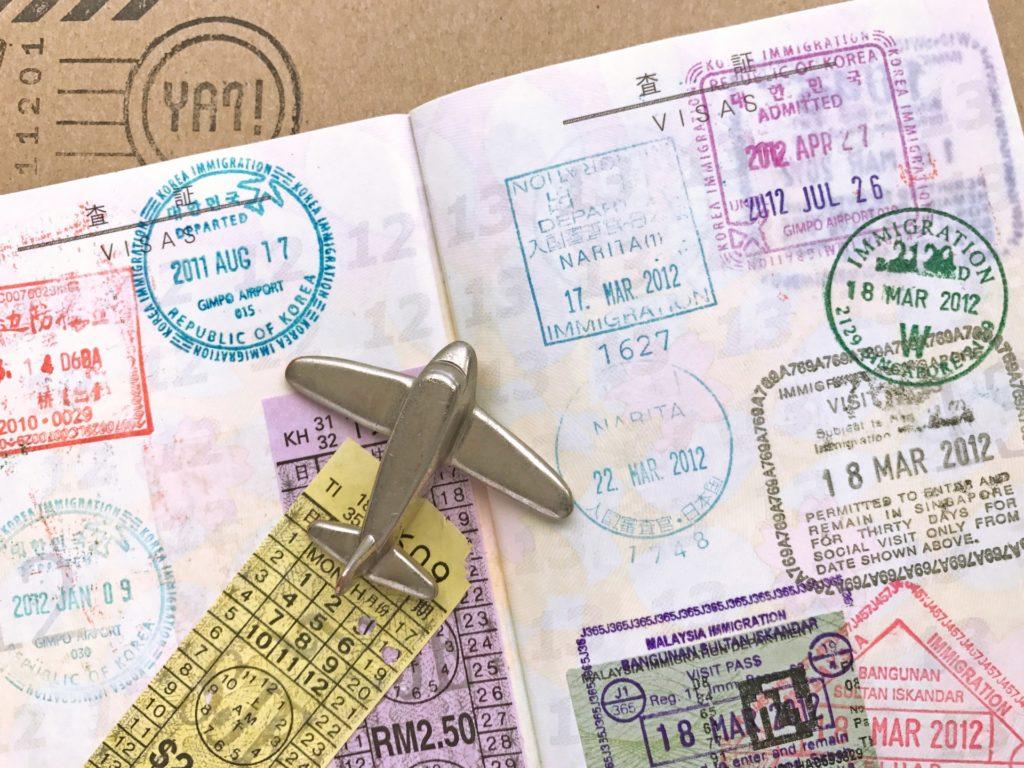 あなたのパスポートにスタンプは押されていますか?